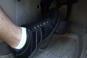 Read more about the article Brake Pedal Goes to Floor When Engine Running [How to Fix]