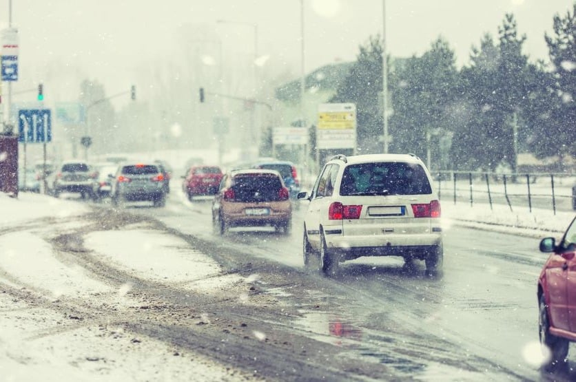 how to drive in snow with front wheel drive