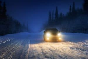 Read more about the article How to Drive in Snow Safely [9 Tips]