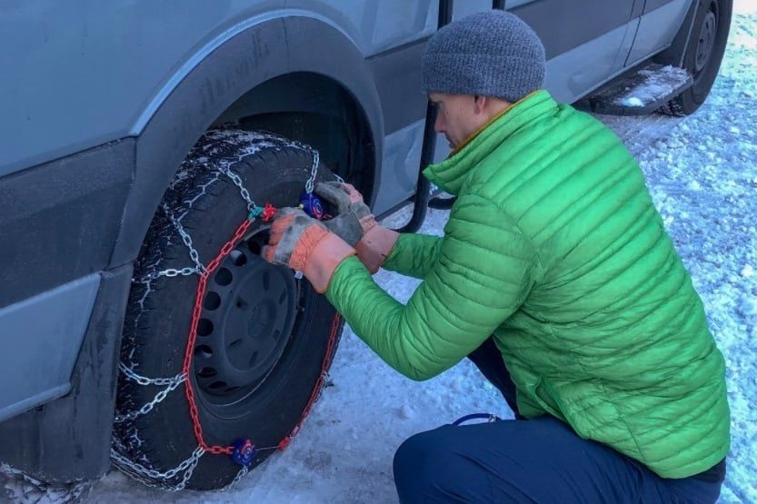 how to put on snow chains