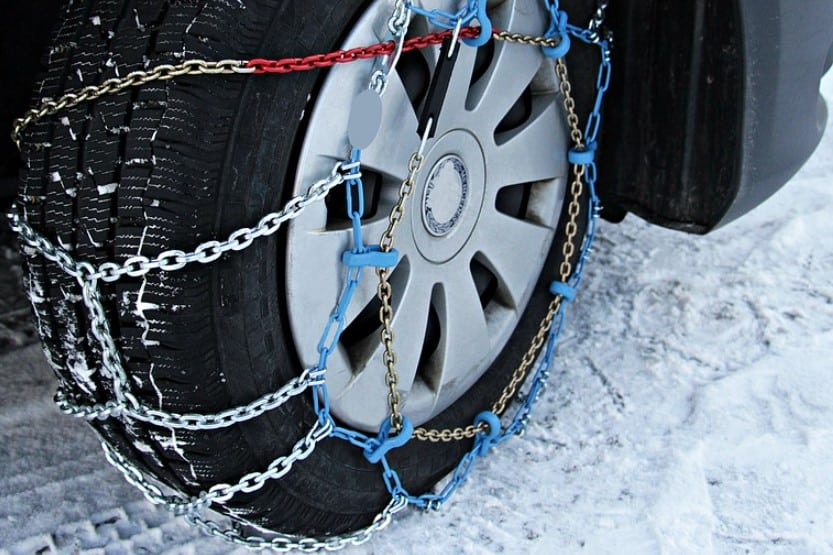how to put snow chains on your tires