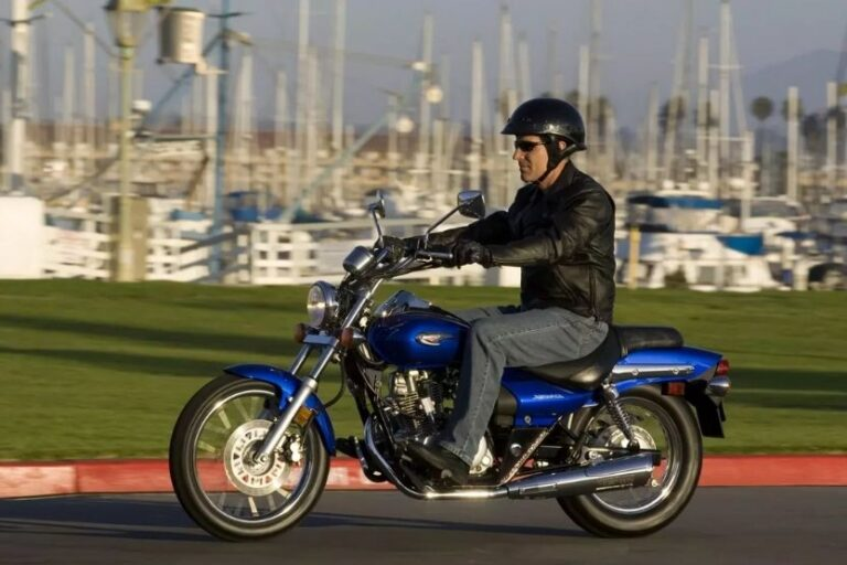 Read more about the article Kawasaki Eliminator 125 Specs and Review
