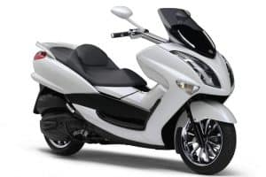 Read more about the article Yamaha Majesty 400 Specs and Review