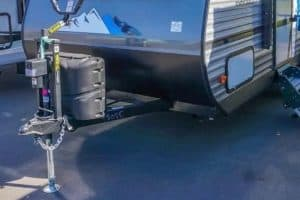 Read more about the article Electric Trailer Tongue Jack [10 Best Picks]