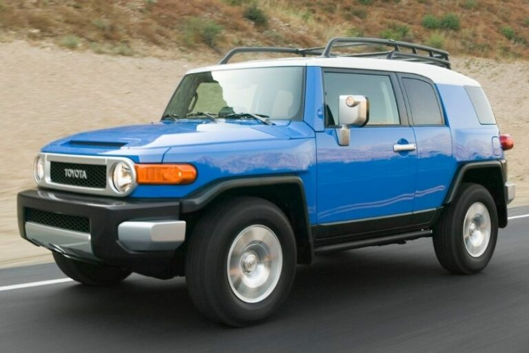 Read more about the article Toyota FJ Cruiser Towing Capacity [How Much Weight Can It Tow?]
