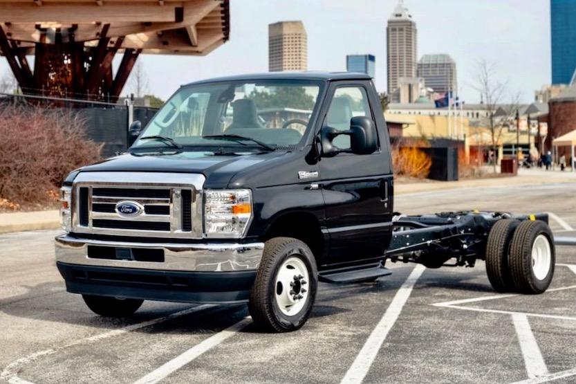 ford e450 cutaway truck