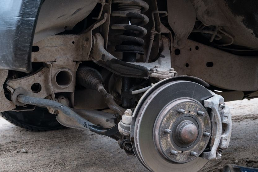 how long does it take to replace front struts