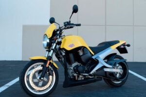 Read more about the article Buell Blast Review and Specs