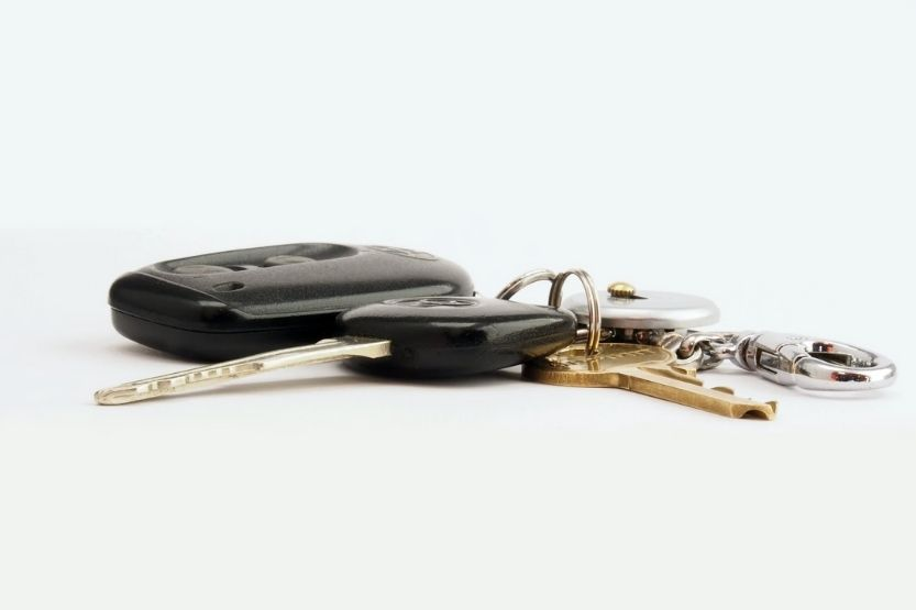 How Much Does a Locksmith Charge to Program a Key Fob?