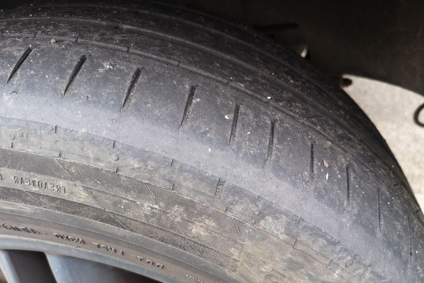 Tire tread wear on the side