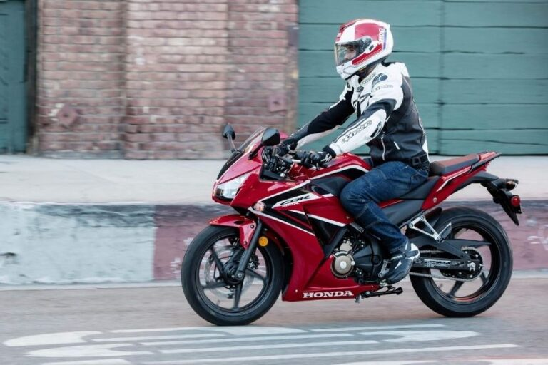 Read more about the article Best 250cc – 300cc Motorcycles [Top 20 Picks]