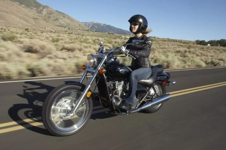 Read more about the article Kawasaki Vulcan 500 Specs and Review
