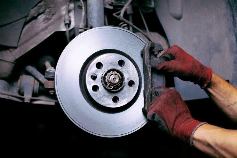 noise when braking at low speed