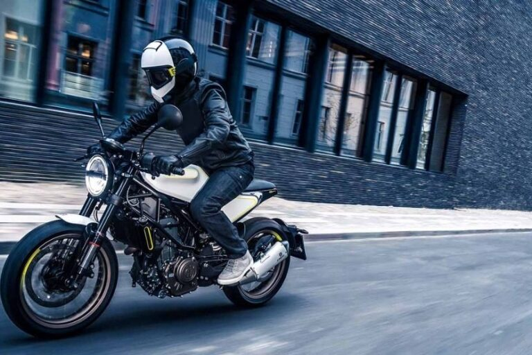 Read more about the article Husqvarna Vitpilen 401 Specs and Review