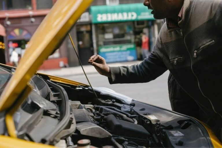 Read more about the article Gas Leaks in Car [Causes and How to Fix]